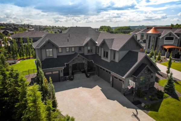 8 Wycliffe Mews, Rural Rocky View County