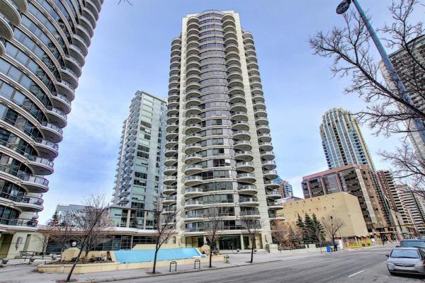 1078 6 Avenue SW, Calgary