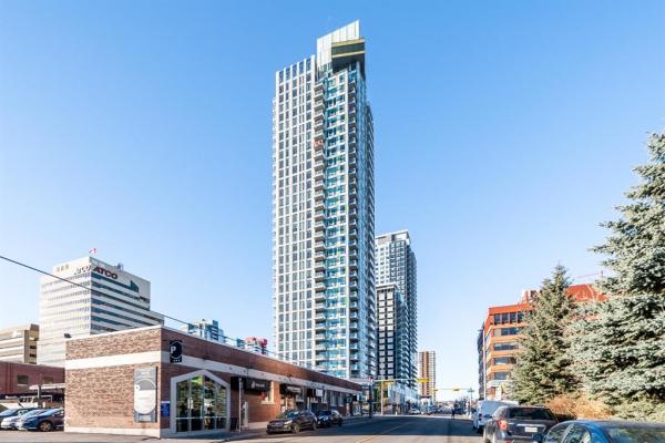 901 10 Avenue SW, Calgary