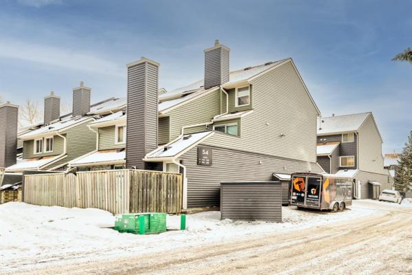 54 Glamis Green SW, Calgary