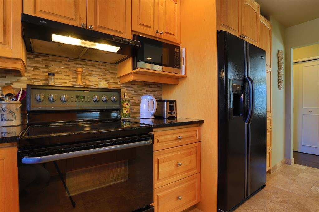 Listing A1071582 - Large Photo # 16