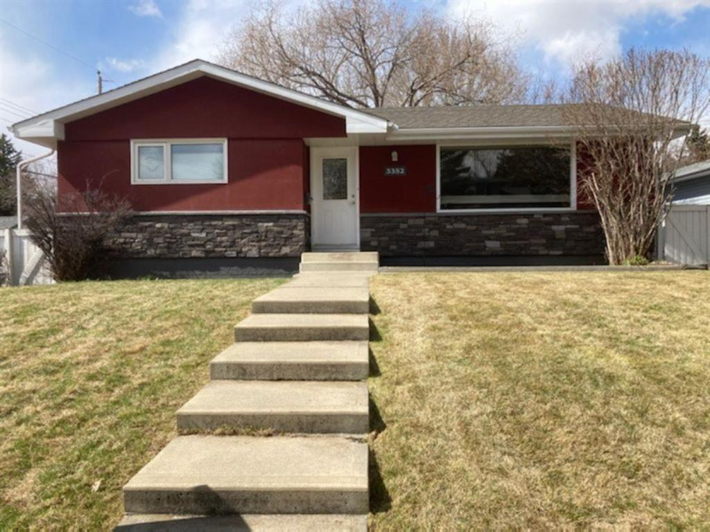 Listing A1071619 - Large Photo # 1