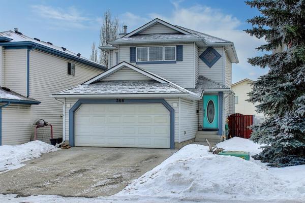 366 Douglas Ridge Circle SE, Calgary