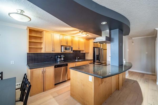 1225 15 Avenue SW, Calgary