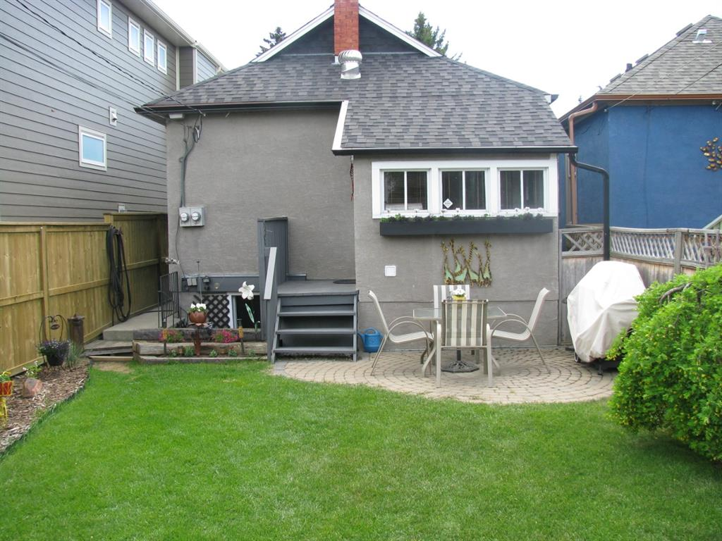 Listing A1073241 - Large Photo # 3