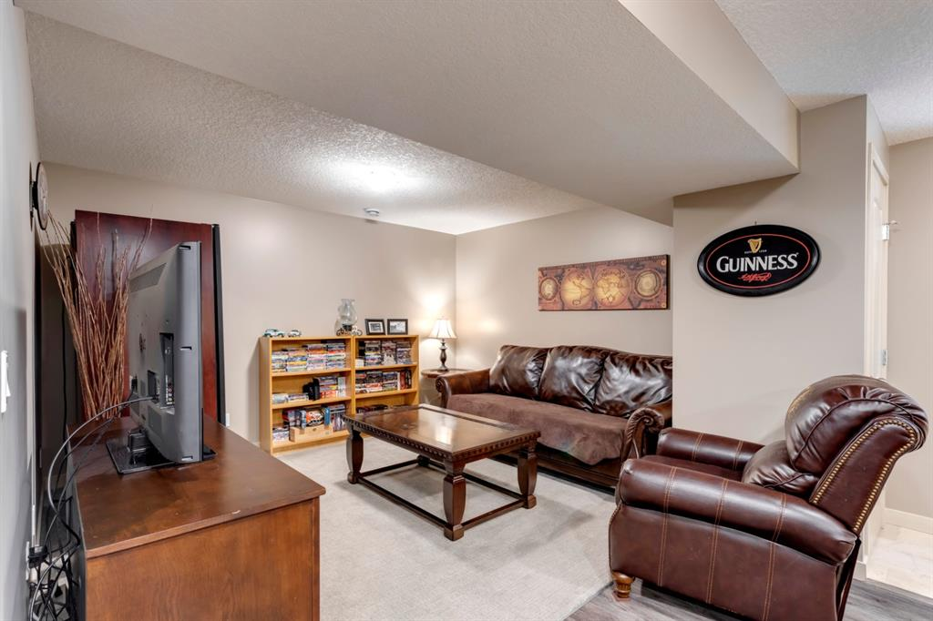 Listing A1073406 - Large Photo # 27