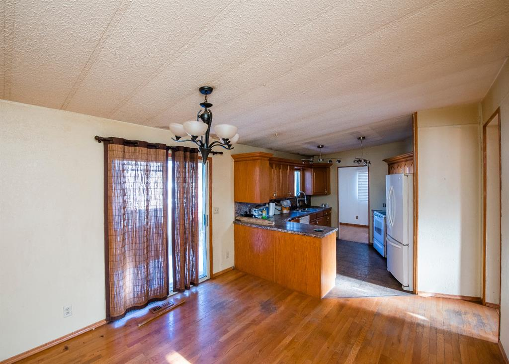 Listing A1073531 - Large Photo # 10