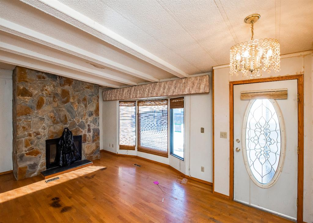 Listing A1073531 - Large Photo # 3