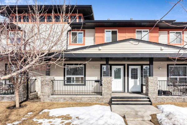173 Eversyde Common SW, Calgary