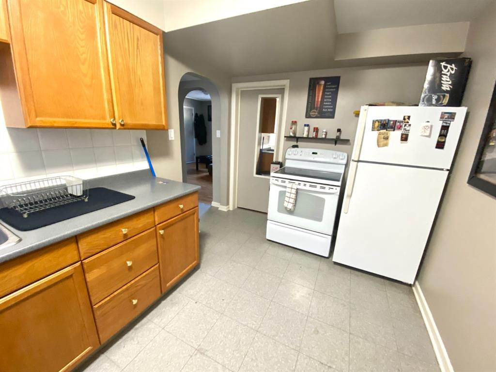 Listing A1075396 - Large Photo # 10