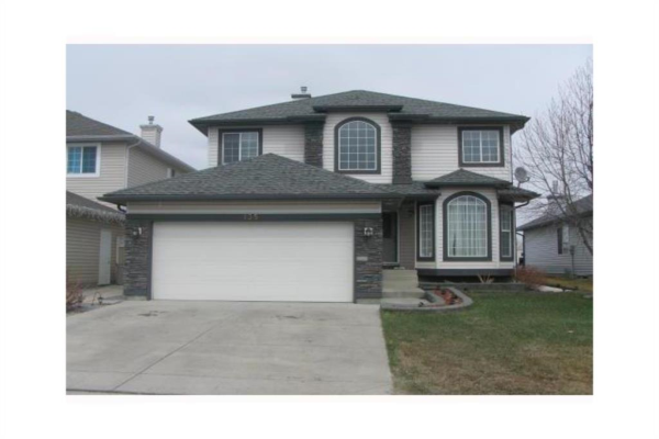 135 Lakeview Cove, Chestermere