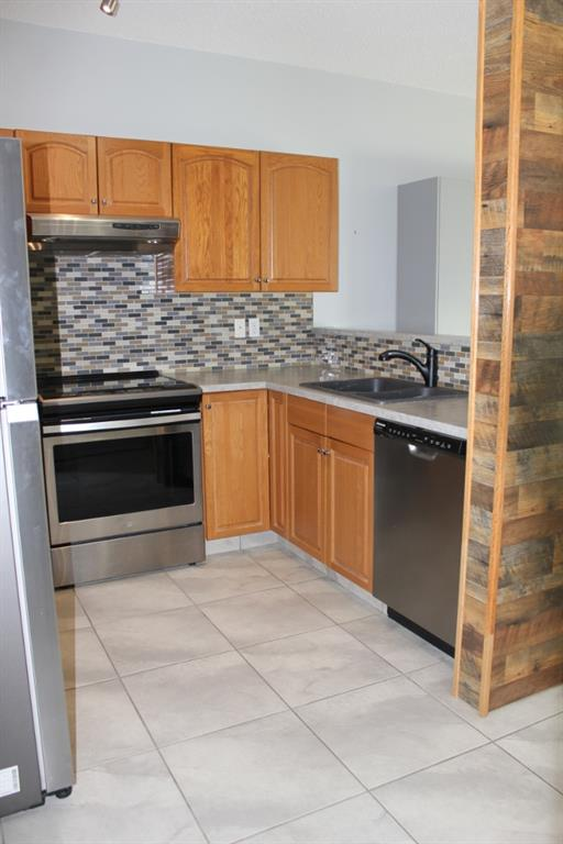 Listing A1076508 - Large Photo # 23