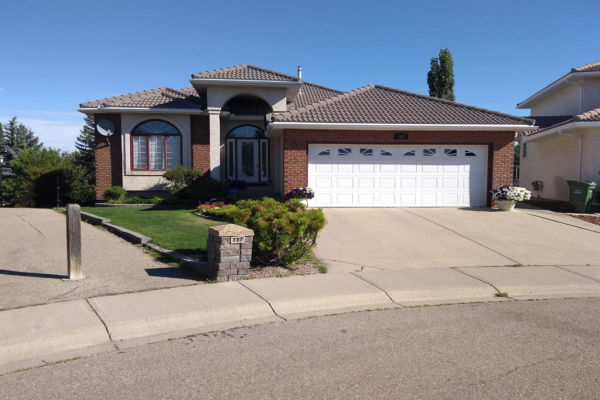117 Hampstead Place NW, Calgary