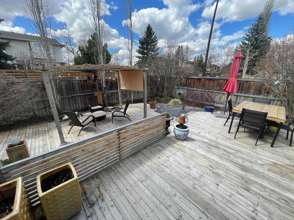 Listing A1076942 - Large Photo # 30