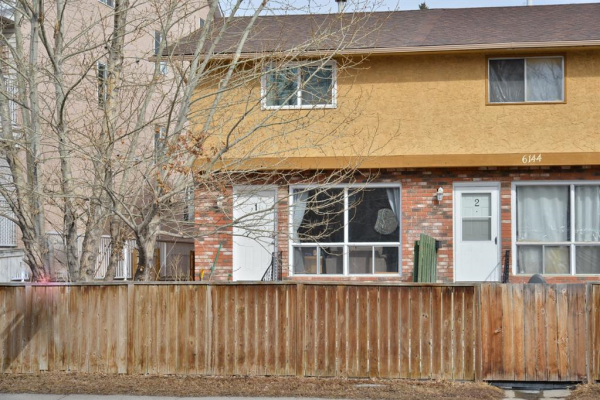 6144 Bowness Road NW, Calgary