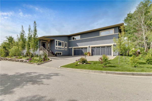 160 Posthill Drive SW, Calgary