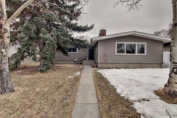 4427 3 Street NE, Calgary