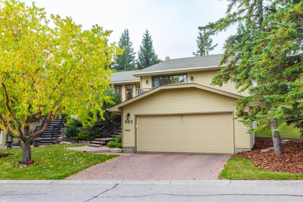 603 Stratton Terrace SW, Calgary