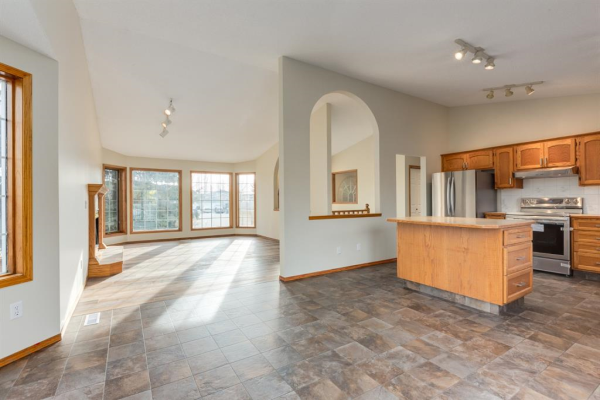 185 Westchester Way, Chestermere