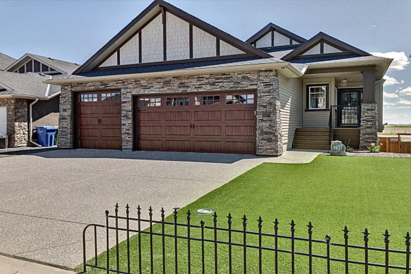 288 Rainbow Falls Way, Chestermere