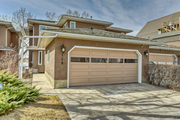 119 East Chestermere Drive, Chestermere