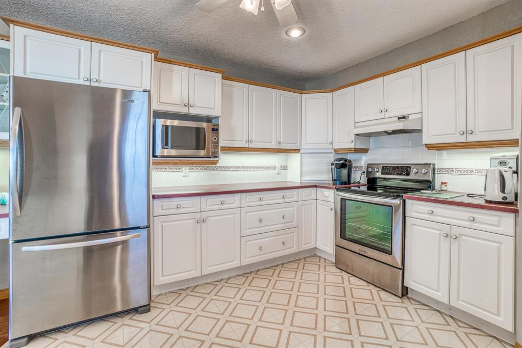 Listing A1083021 - Large Photo # 10