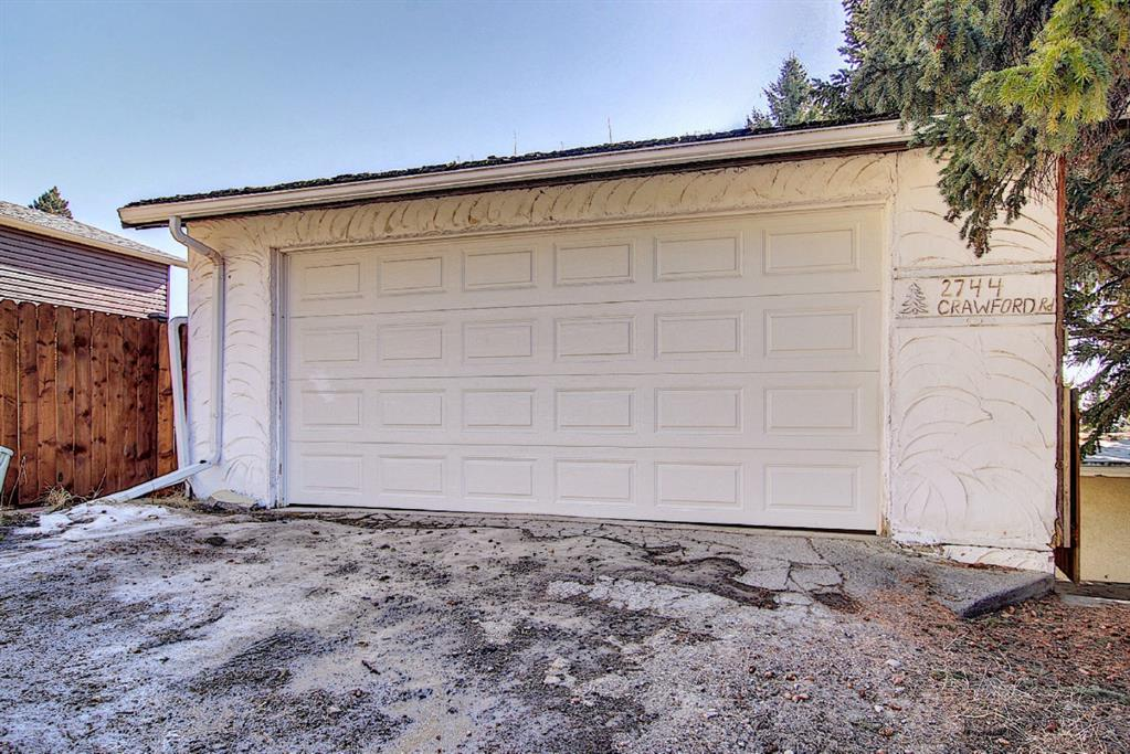 Listing A1083186 - Large Photo # 44