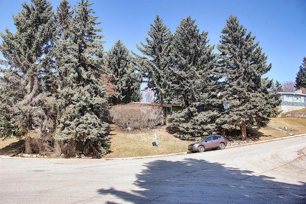 Listing A1083186 - Large Photo # 2