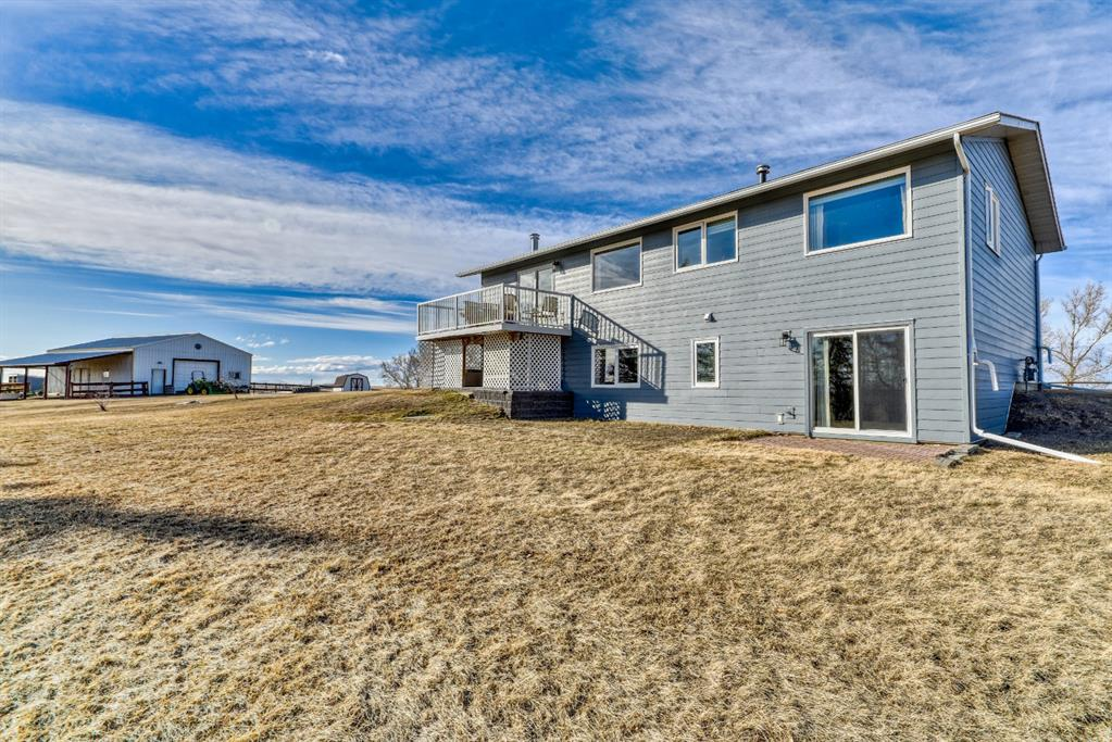 Listing A1083366 - Large Photo # 2