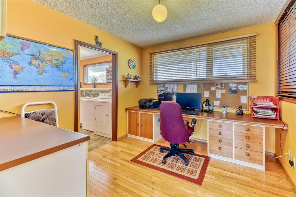 Listing A1083366 - Large Photo # 25