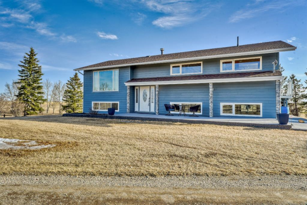 262255 Range Road 270, Rural Rocky View County