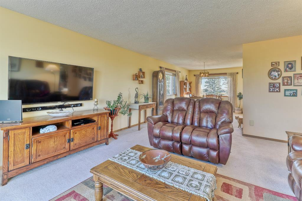 Listing A1083366 - Large Photo # 21