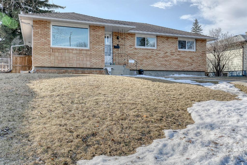 Listing A1083691 - Large Photo # 1