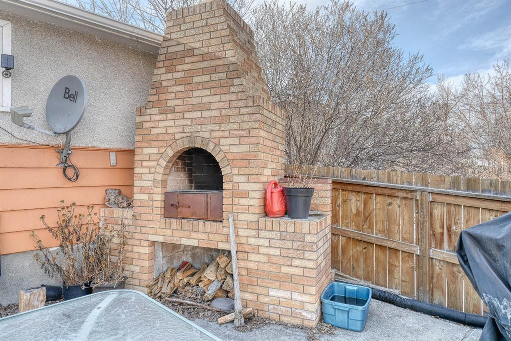 Listing A1083691 - Large Photo # 40