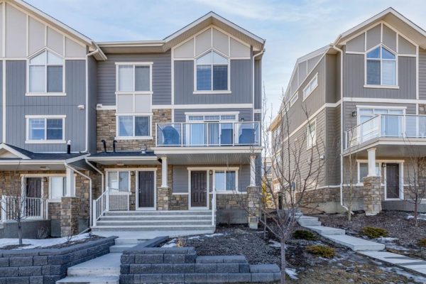 1613 Symons Valley Parkway NW, Calgary