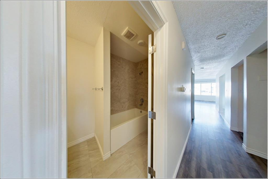 Listing A1084041 - Large Photo # 13