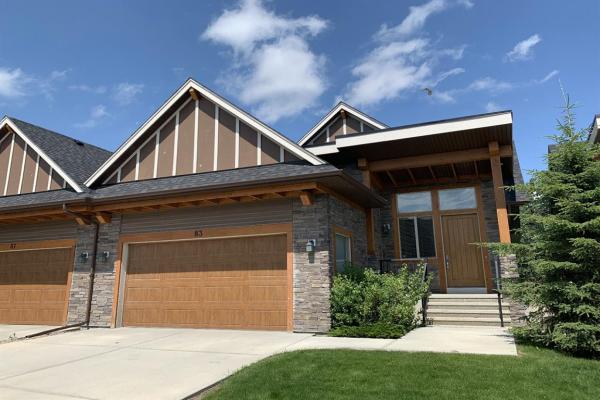 83 Cortina Villas SW, Calgary