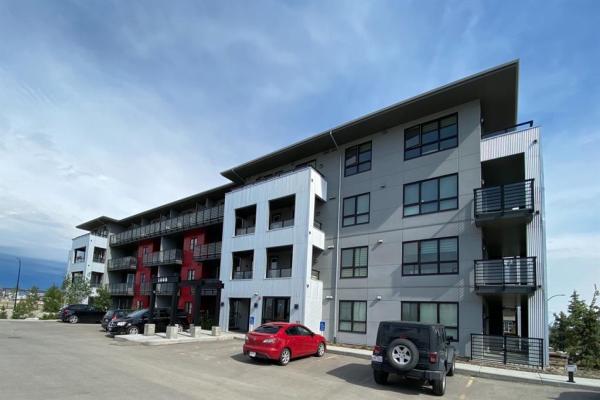 350 Livingston Common NE, Calgary