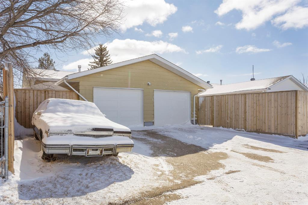Listing A1087509 - Large Photo # 33