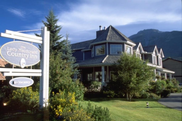 1201 Bow Valley Trail, Canmore