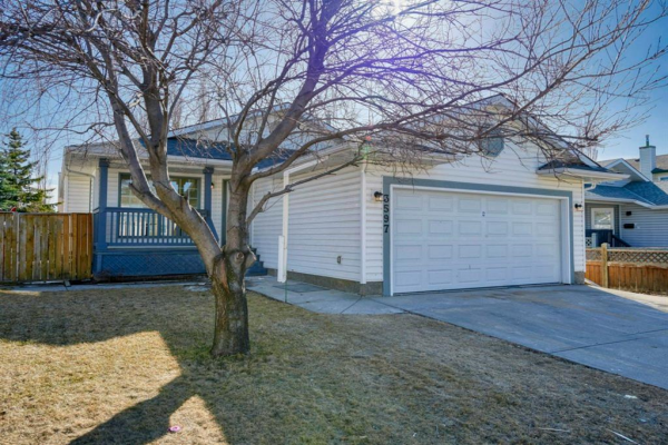 3597 Douglas Woods Heights SE, Calgary