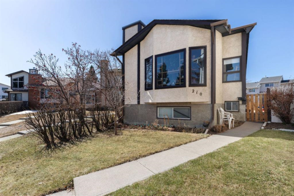 210 Cedarbrook Bay SW, Calgary
