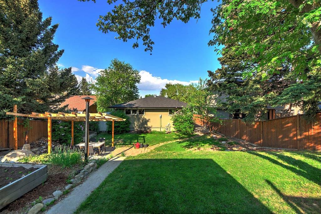 Listing A1091543 - Large Photo # 42