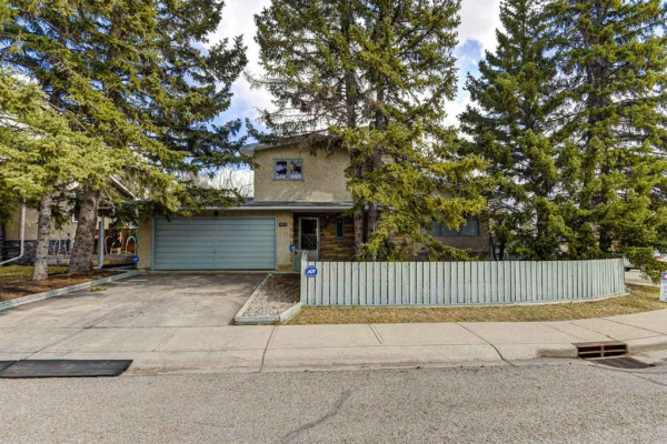 10516 Brackenridge Road SW, Calgary