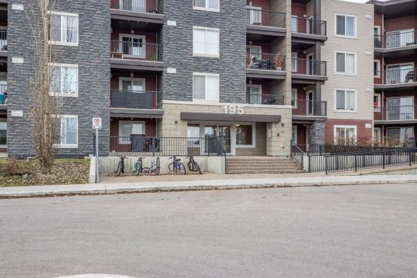 195 Kincora Glen Road NW, Calgary