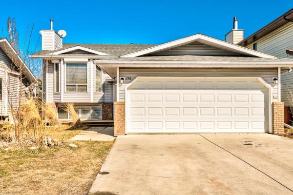 156 Rivercroft Close SE, Calgary