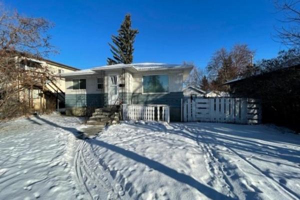 3438 37 Street SW, Calgary