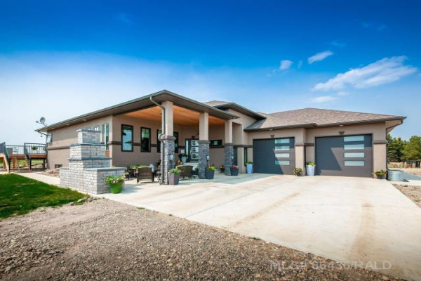 10 COUNTRY MEADOW LANE, Rural