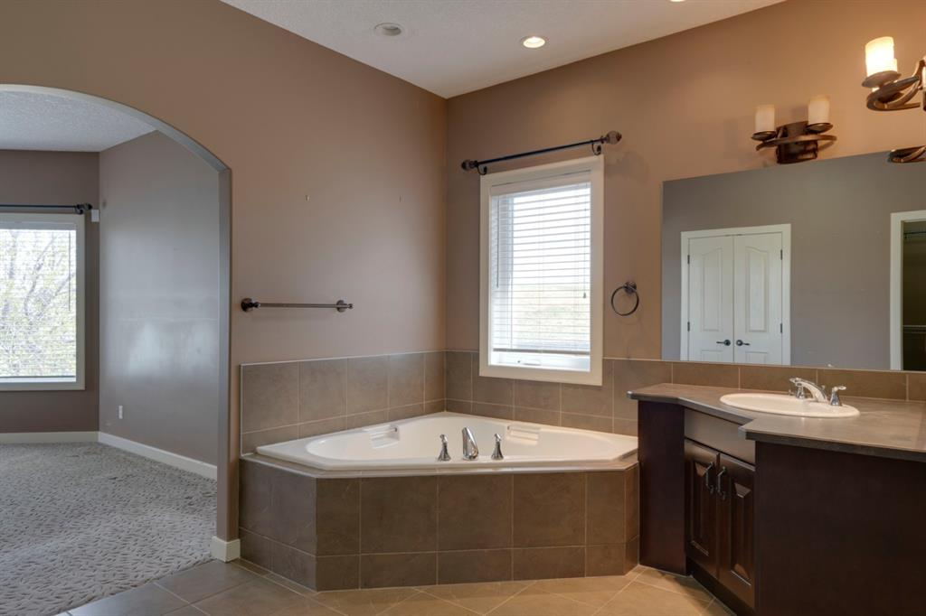 Listing A1098804 - Large Photo # 21