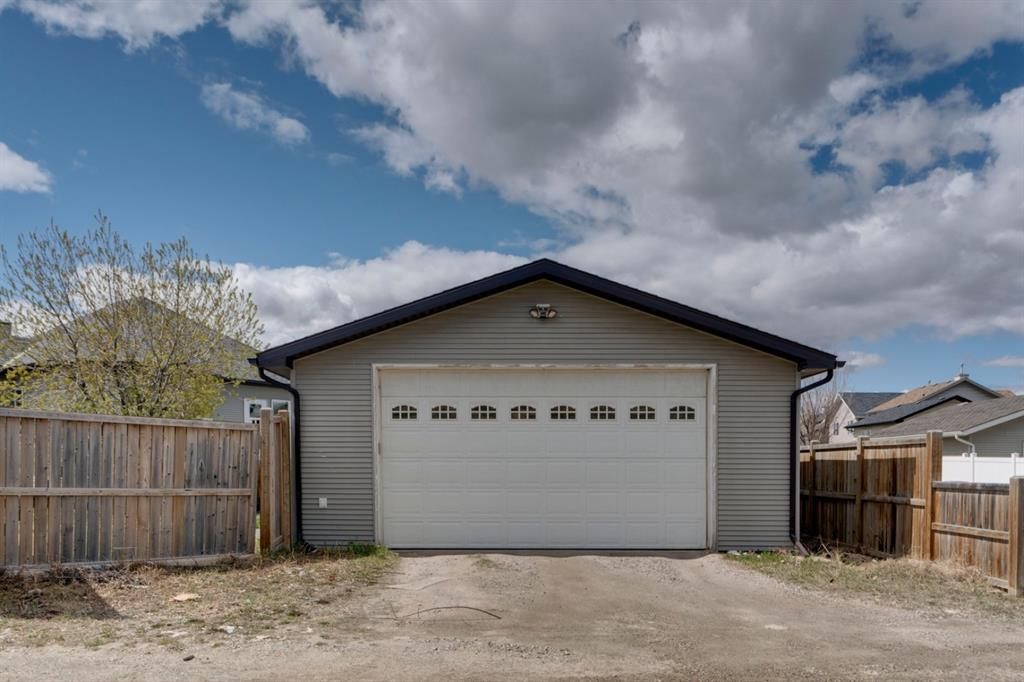 Listing A1098804 - Large Photo # 39